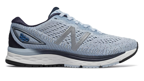 New Balance Women's 880 (Wide) v9