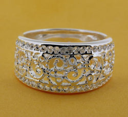 Jewelry - Silver Plated Fashion Ring