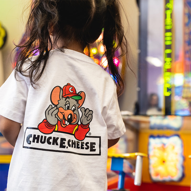 CHUCK E. CHEESE® LOGO TEE (WHITE)