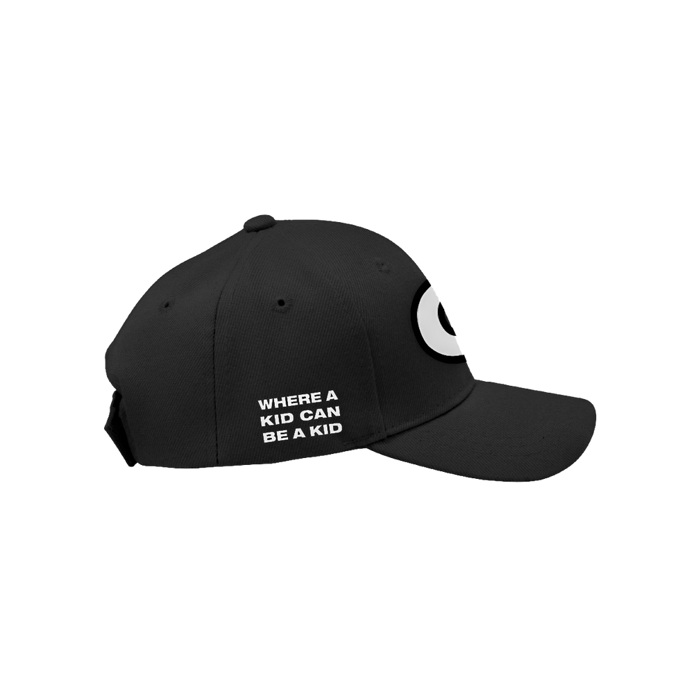 CHUCK E. CHEESE® LOGO HAT (BLACK)