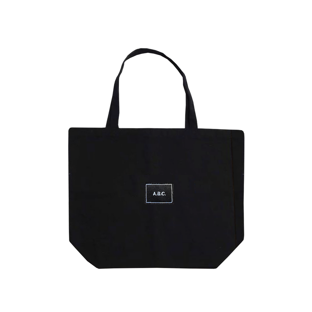 GIRLS RUN EVERYTHING TOTE (BLACK)