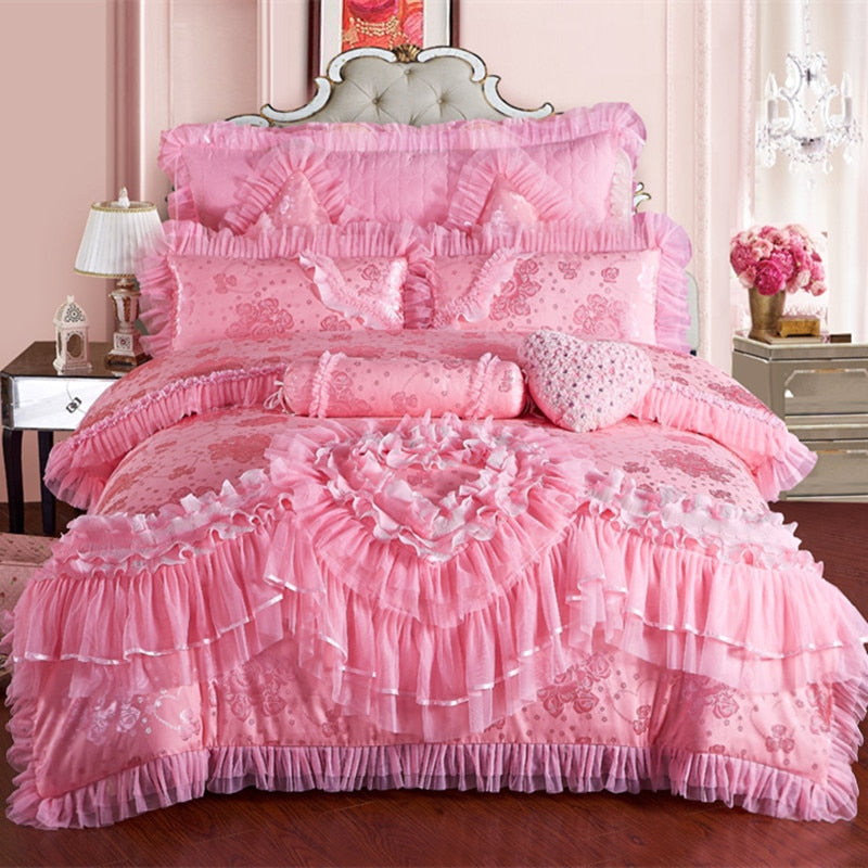 4pcs Lace heart princess wedding bedding sets queen king size duvet cover +quilted bedcover+pillow sham+cushion pink red