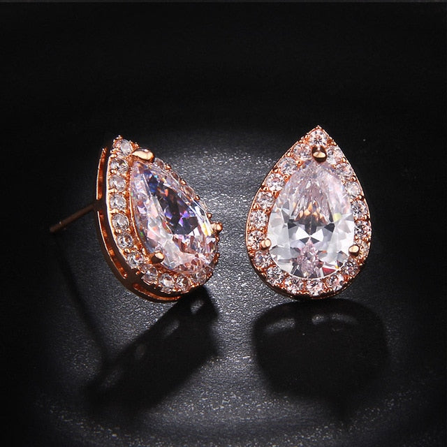 Fashion Sliver Color Pear Cubic Zirconia Stud Earrings For Women Crystal Earings Water Drop Studs