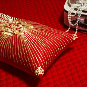 New red lace bedding set Golden embroidery luxury wedding bed set quilt cover bedpread queen King size 4/6/9 pcs