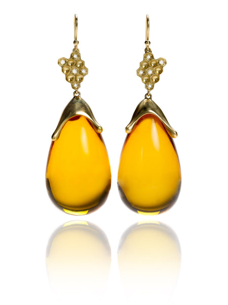 Honeycomb Amber Earrings in 18k Gold with Diamonds