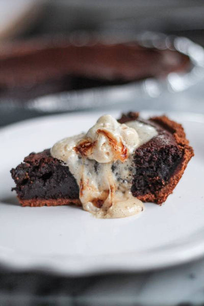Molten Chocolate Brownie S'Mores Pie