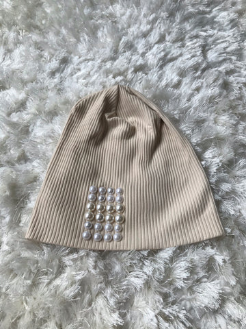 Tan Ribbed Large Pearl Beanie