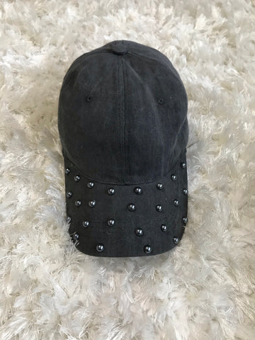 Scattered Silver Pearls - Vintage Gray Cap