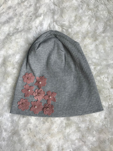 Light Gray Ribbed Beanie with Pink Veronica Flowers