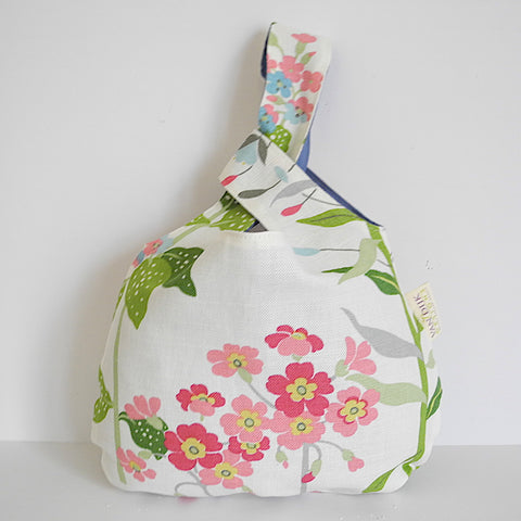 Knitting Knot Bag