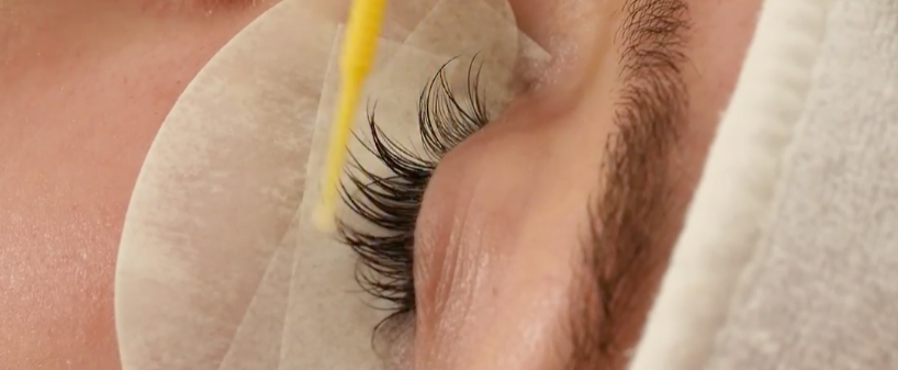 To Gel or not to Gel, the proper ways to remove Eyelash Extensions: