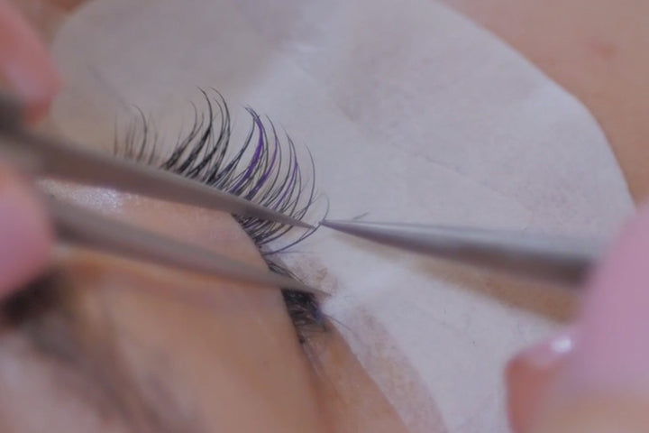 Struggling To Keep Those Eyelash Extensions Straight?