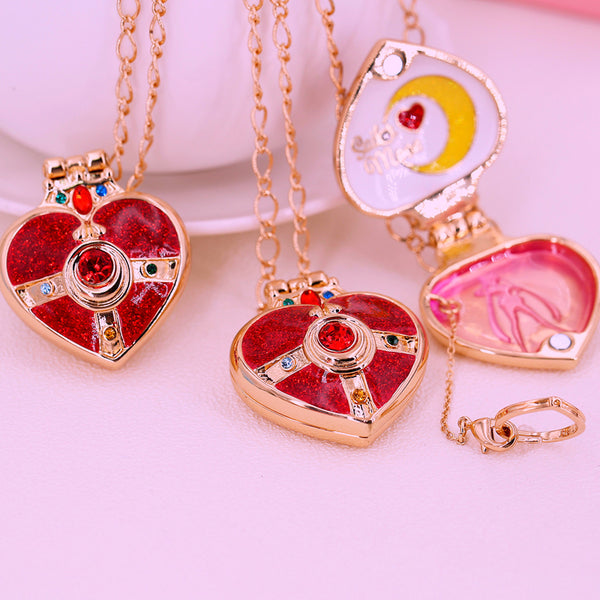 Sailor Moon Fashion Heart Necklace YV43026