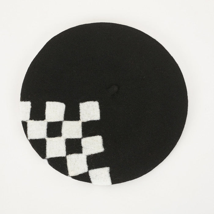 Black and white square beret hatYV40907