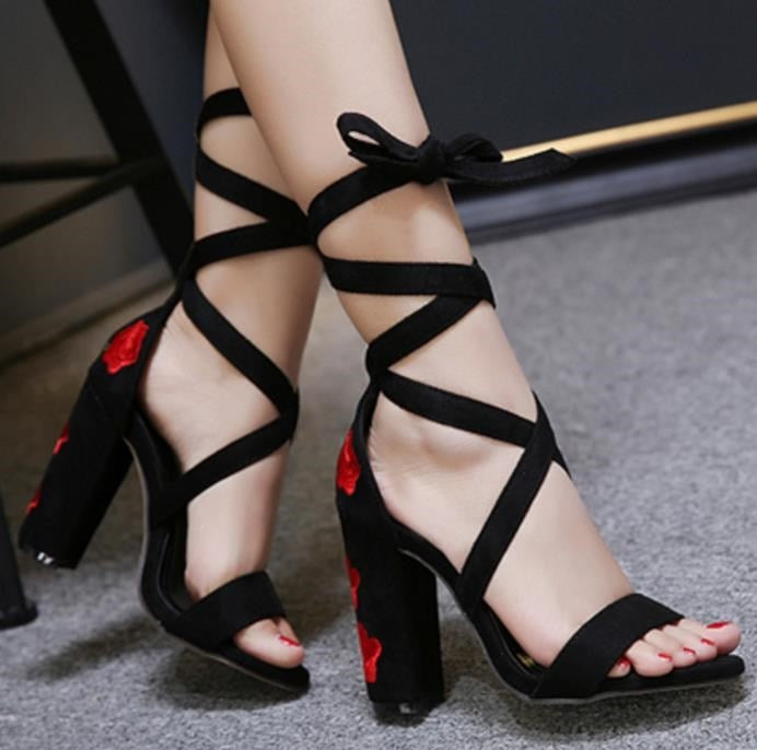 Rose Embroidered High Heels YV17062