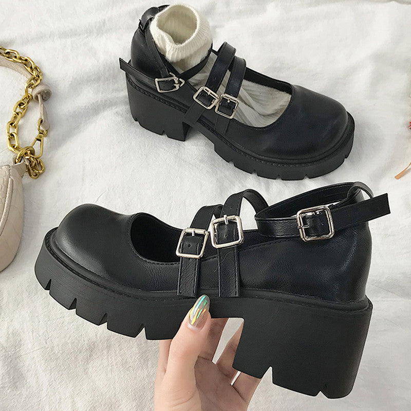 Lolita small leather shoes YV43702