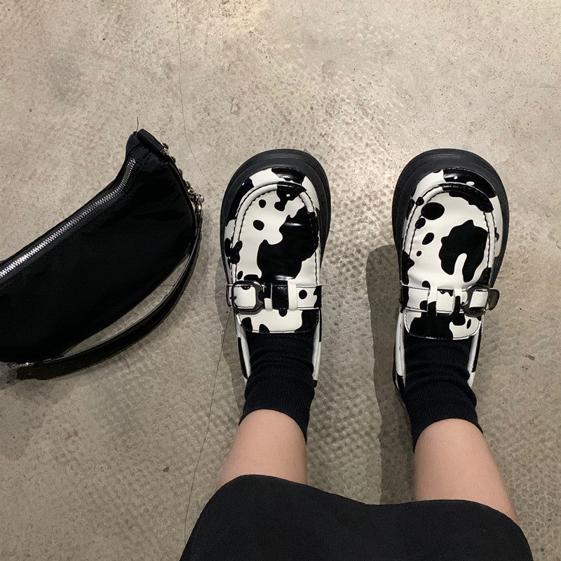 Cute cow leather shoes YV43668