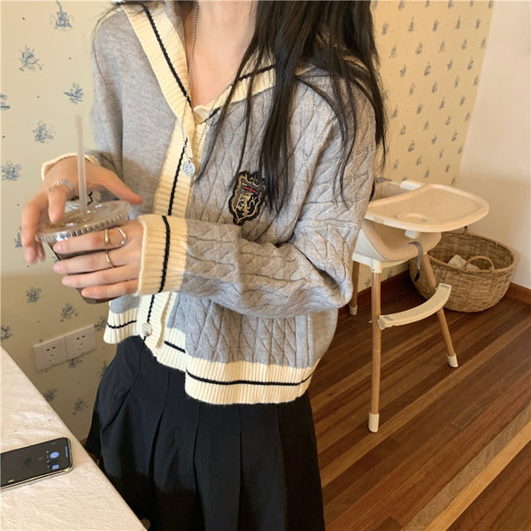 Gray+white knitted jacket YV43448
