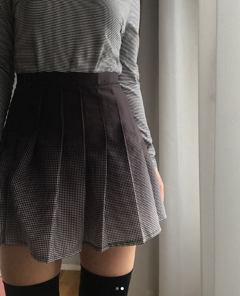 Review For Gradient Pleated Skirt YV2048