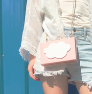White cloud chain box bag YV40363