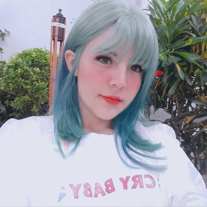 REVIEW FOR GREEN GRADIENT BLUE WIG YV40377