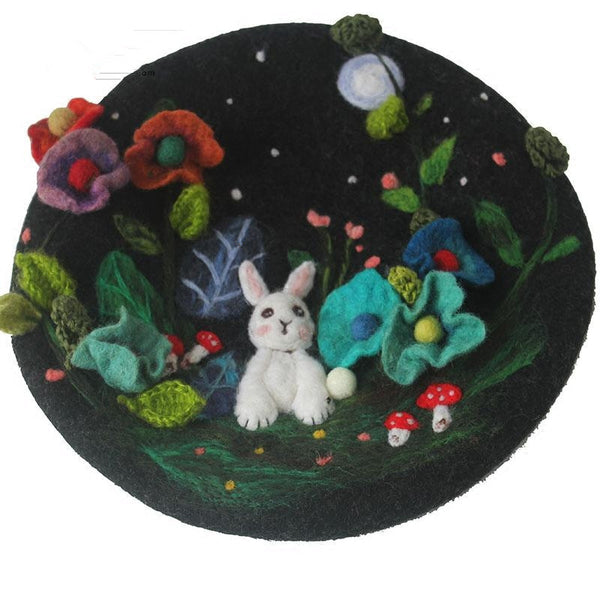Embroidered cute childlike rabbit beret YV42419