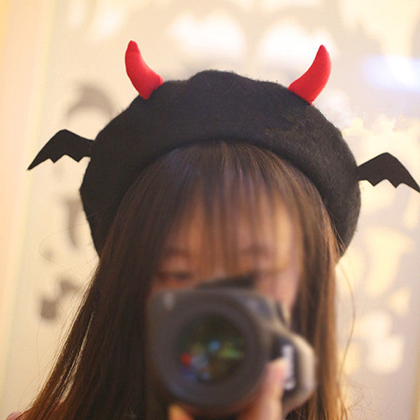 Cute devil wings beret yv42319