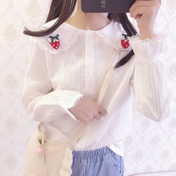 Strawberry brooch shirt YV40986