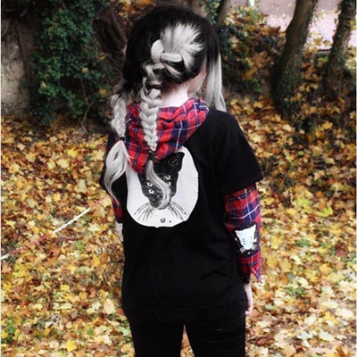 REVIEW FOR GOTHIC CAT PRINT FAKE TWO PIECES HOODIE SWEATER YV5082