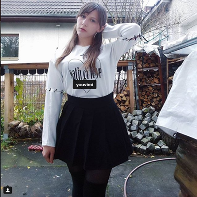 Review for Diablo T-shirt blouse + half skirt two-piece students YV521