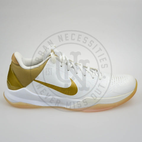 Zoom Kobe 5 Big Stage Home-Urban Necessities