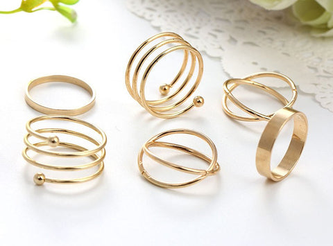 Fashion Ring - Pinar Trendsetting Gold-Plated Spiral Rings Set