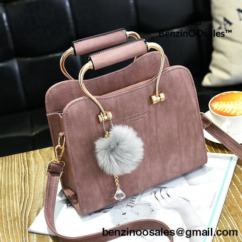 famous brand handbag with fur ball -yeezy boostv2-ua-hypebeast-designer replicas clothing