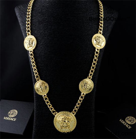 gold versace medusa necklace -yeezy boostv2-ua-hypebeast-designer replicas clothing