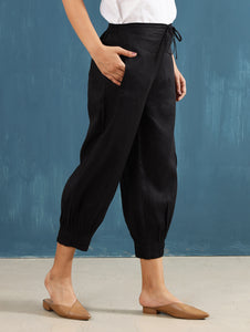 Lenora Pintuck Pants in Black