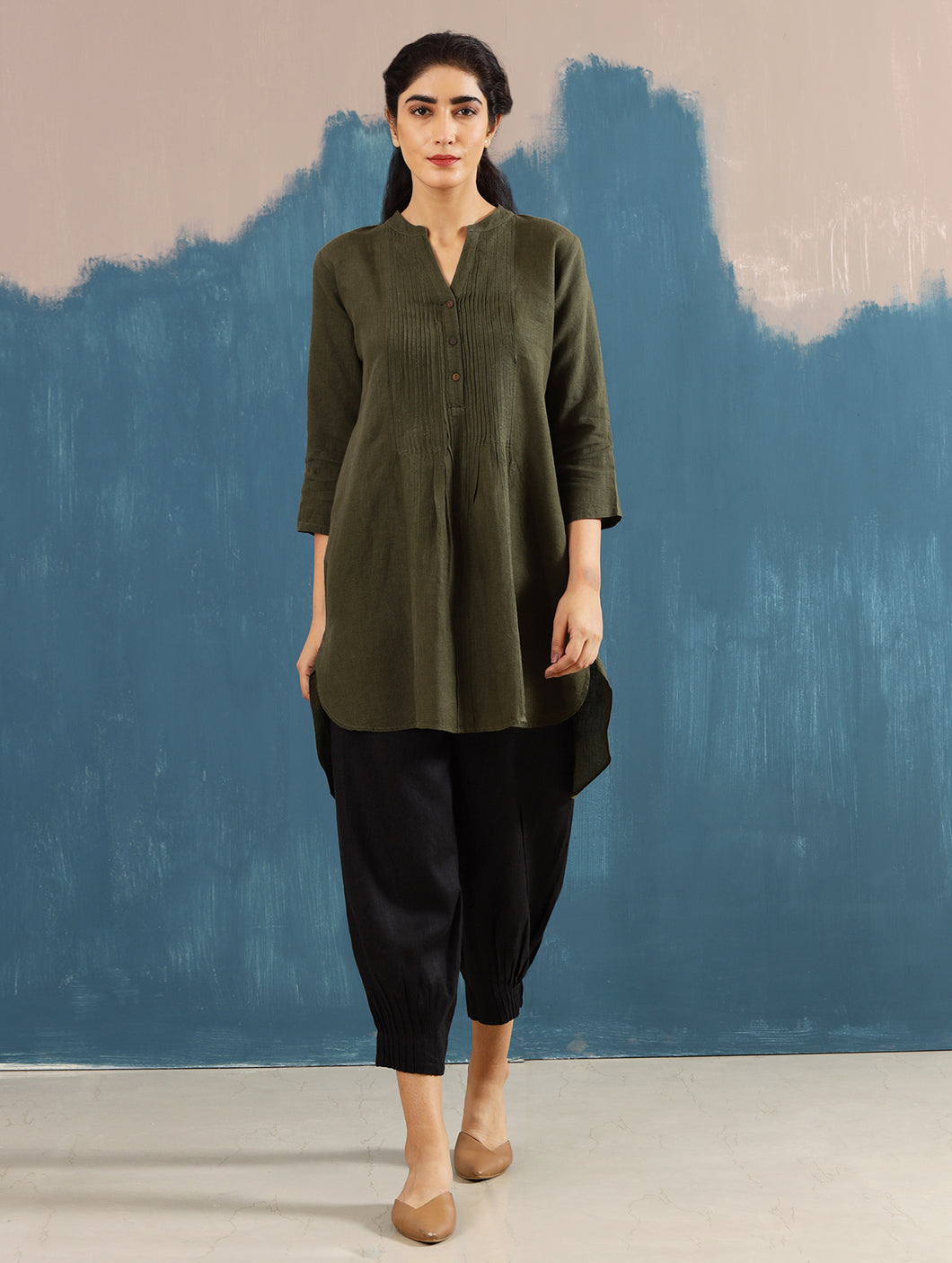 Satori Pleated Tunic in Olive