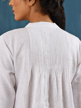 Load image into Gallery viewer, Satori Pleated Tunic in White