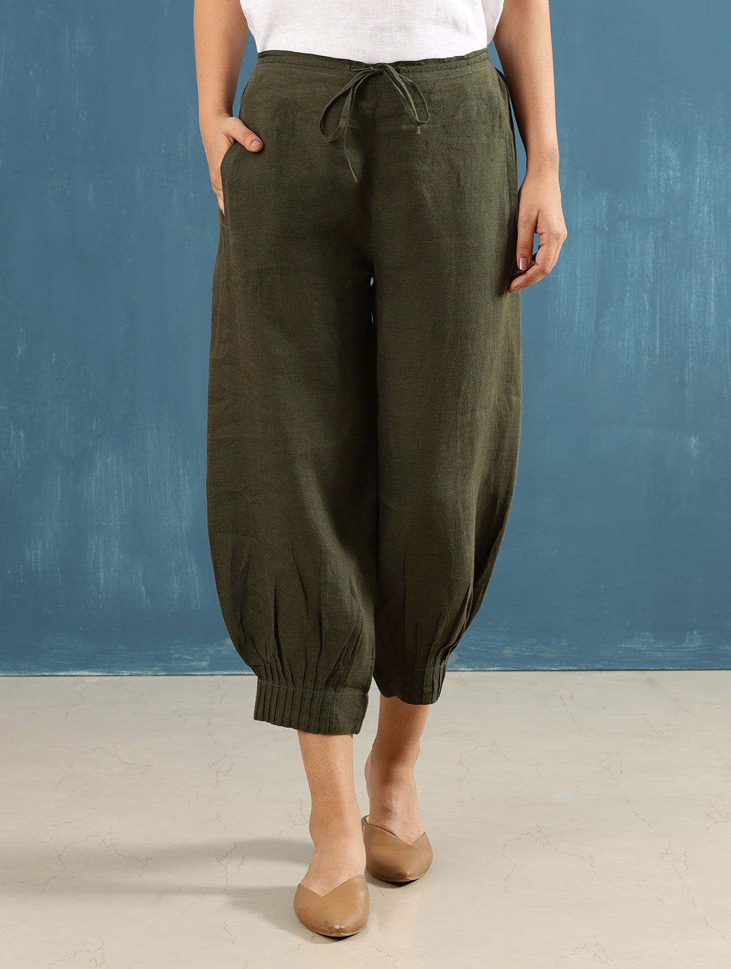 Lenora Pintuck Pants in Olive