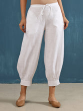 Load image into Gallery viewer, Lenora Pintuck Pant in White