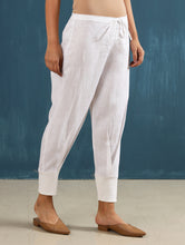 Load image into Gallery viewer, Zendo Cropped Pant in White
