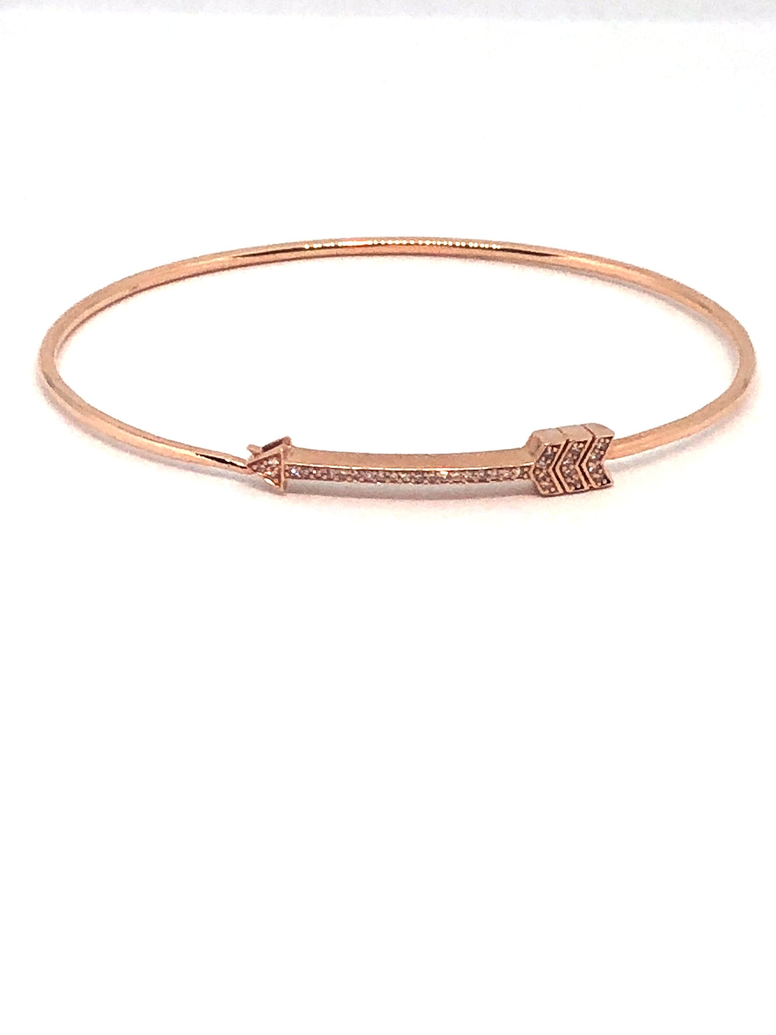 Arrow Bracelet in Rose Gold and Diamonds