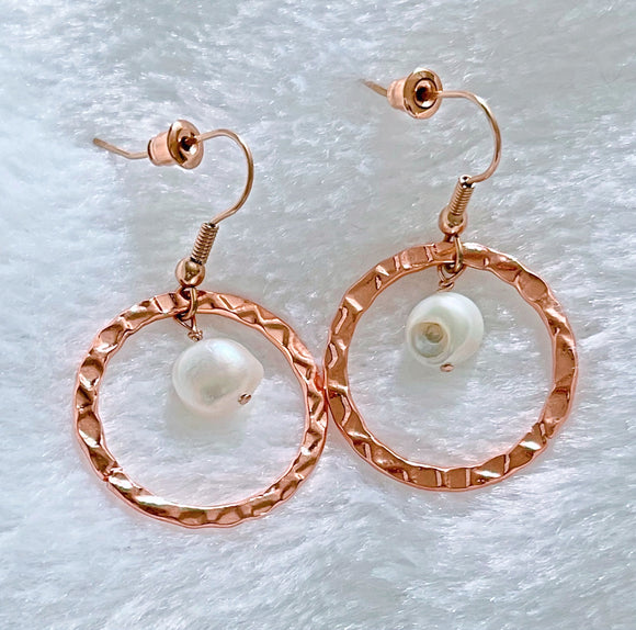 14K Rose Gold-Plated Hoop and Pearls Earrings - Vibes Jewelry