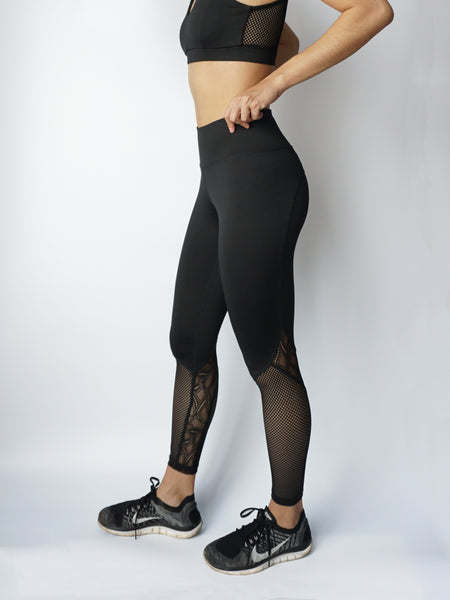 Black widow legging combo side