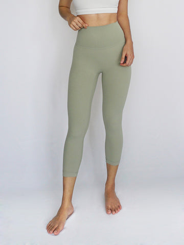 Cinch Legging- SAGE - Banana Fighter