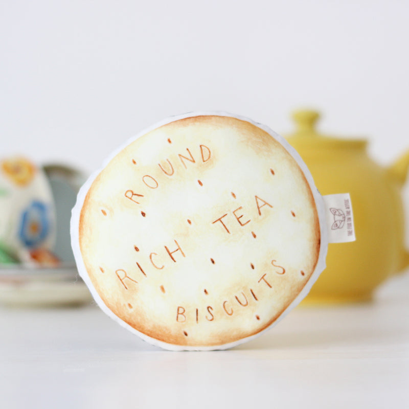 RICH TEA BISCUIT BABY RATTLE
