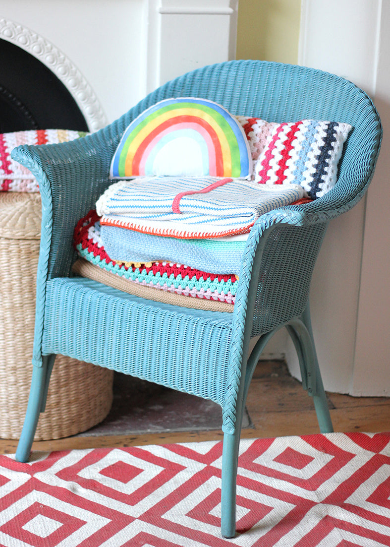 RAINBOW CUSHION BRIGHT