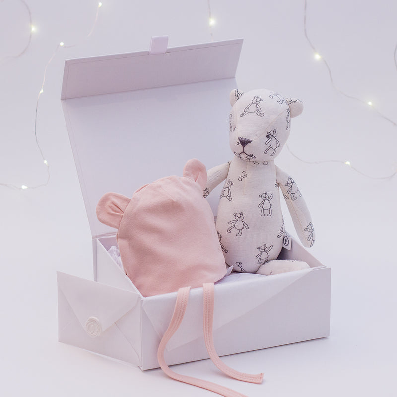 Four Little Ears - Luxury Bamboo Newborn Gift Set
