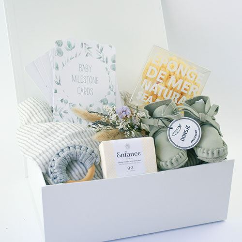 'Welcome to the World' New Baby Gift Box