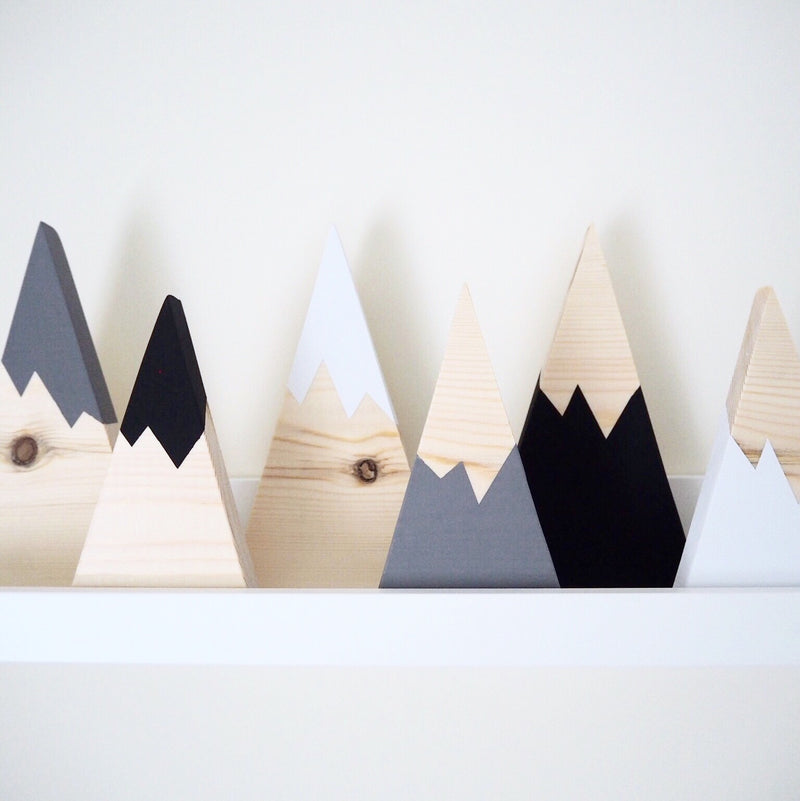 MONOCHROME WOODEN SKINNY MOUNTAINS