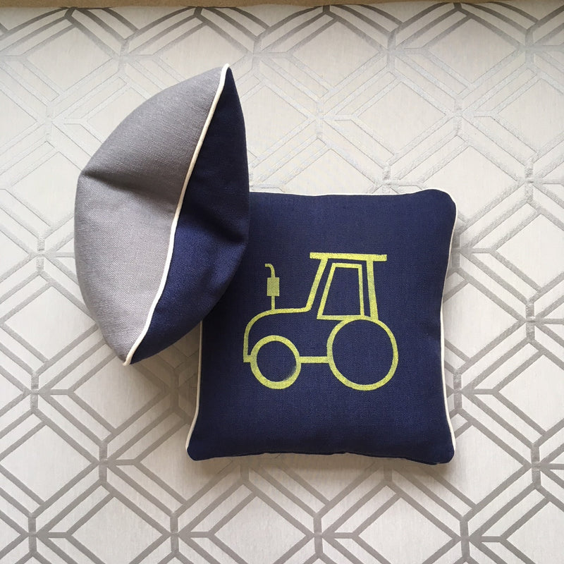 TOMMY TRACTOR CUSHION